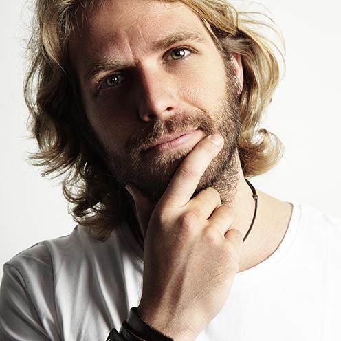 Favorito Uomini e capelli lunghi: come portarli? JW41